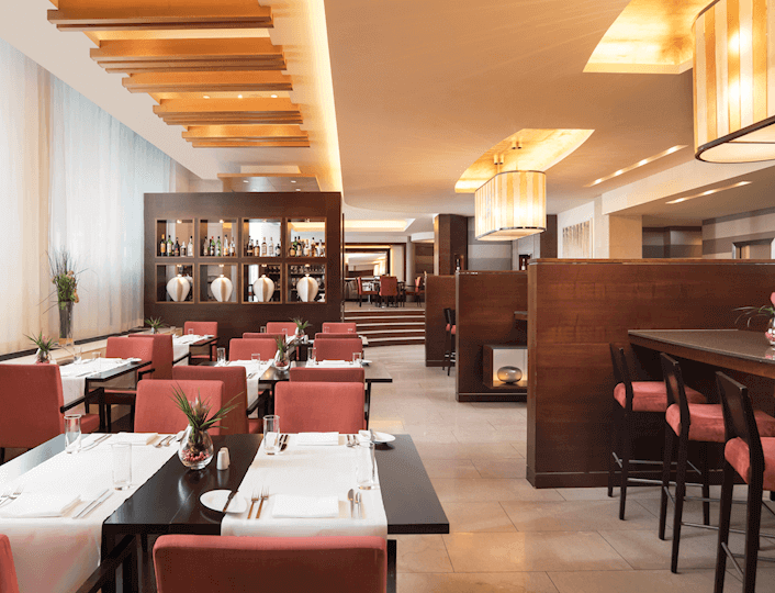 Reštaurácia Brasserie Anjou v Sheraton Bratislava Hotel